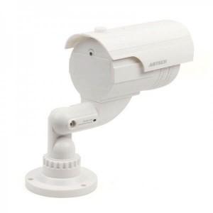 Бутафорна камера с мигаща LED светлина и водоустойчив корпус 2