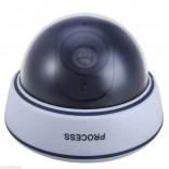 Бутафорна охранителна камера с мигаща червена LED светлина