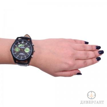 Ръчен часовник със скрита камера