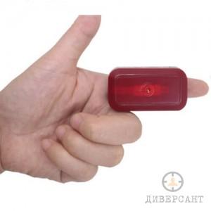Компактен GPS тракер за следене в реално време