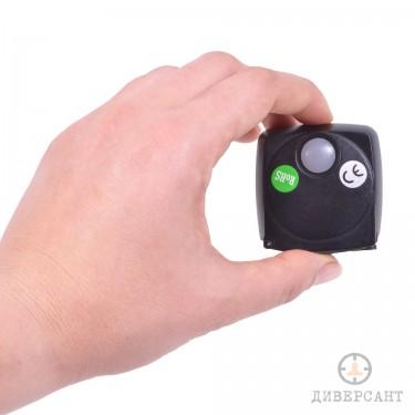 Малък 3G GPS тракер за следене в реално време