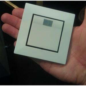 Мини скрита камера с PIR сензор в бутафорен електрически ключ за стена на Lawmate 2
