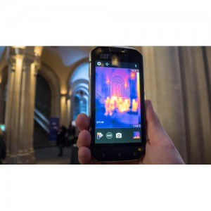 CATTERPILLAR смартфон с вградена термална камера FLIR Lepton с две СИМ карти 2