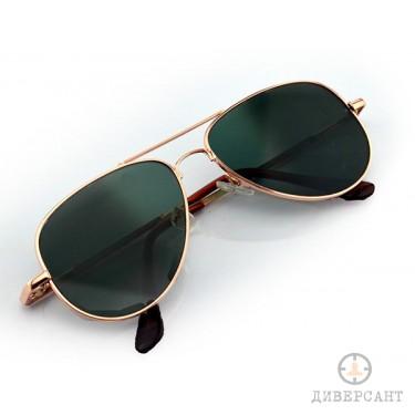 Стилни очила с обратно виждане против следене