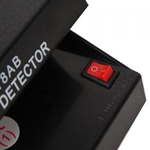 Преносим UV детектор на банкноти работещ на батерии 2
