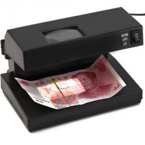 Мултифункционален детектор за проверка на банкноти с UV и бяла лампа и увеличаваща лупа 2
