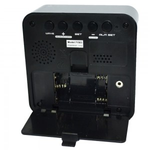 Професионален аудио рекордер с гласова активация скрит в часовник с аларма 2