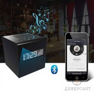 WiFi скрита камера в Bluetooth колонка с дигитален часовник